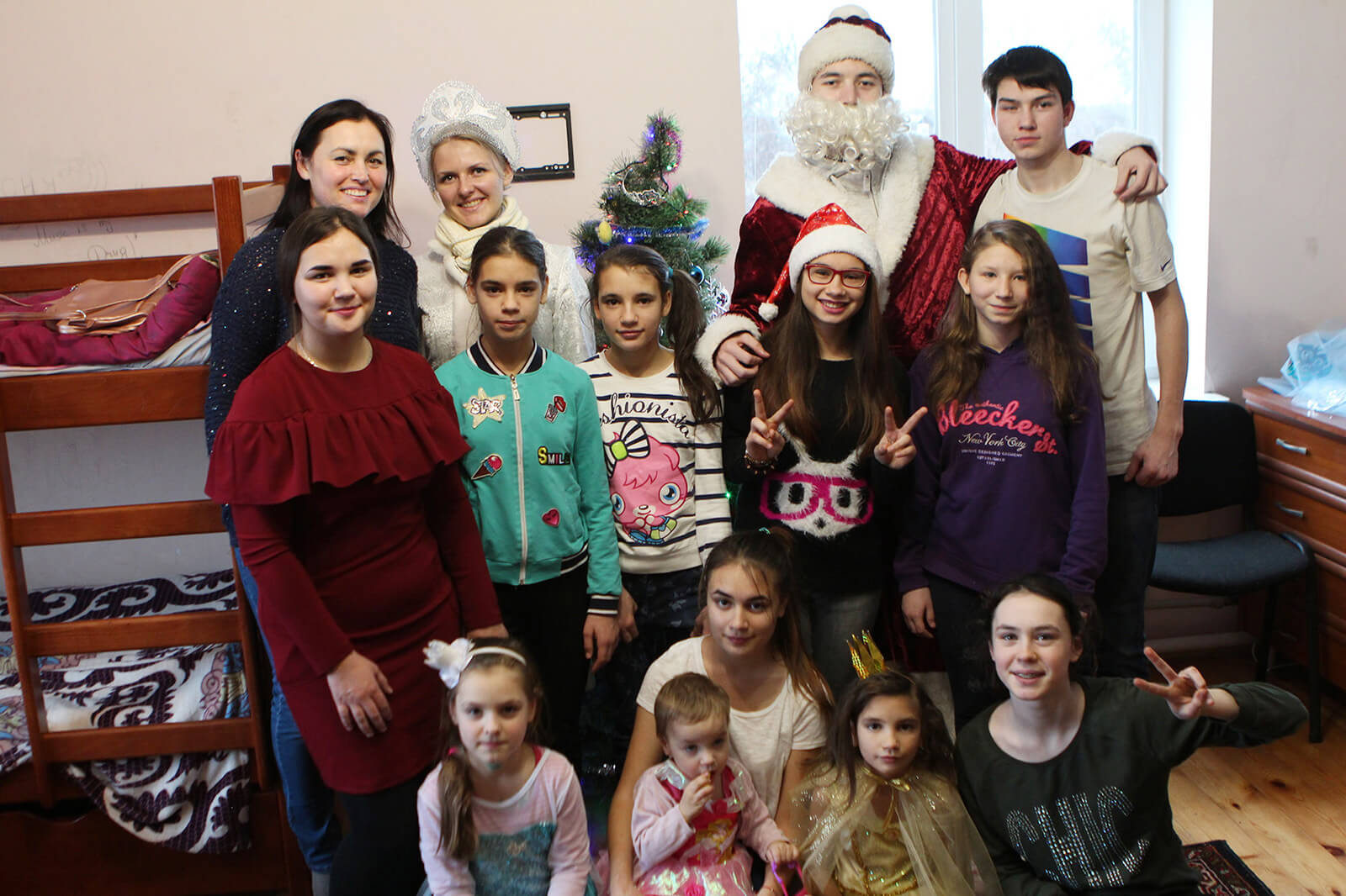 Brightening Christmas for kids: Redwerk team visited children in foster families, photo 2