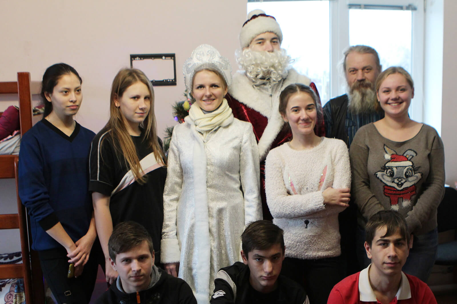 Brightening Christmas for kids: Redwerk team visited children in foster families, photo 1